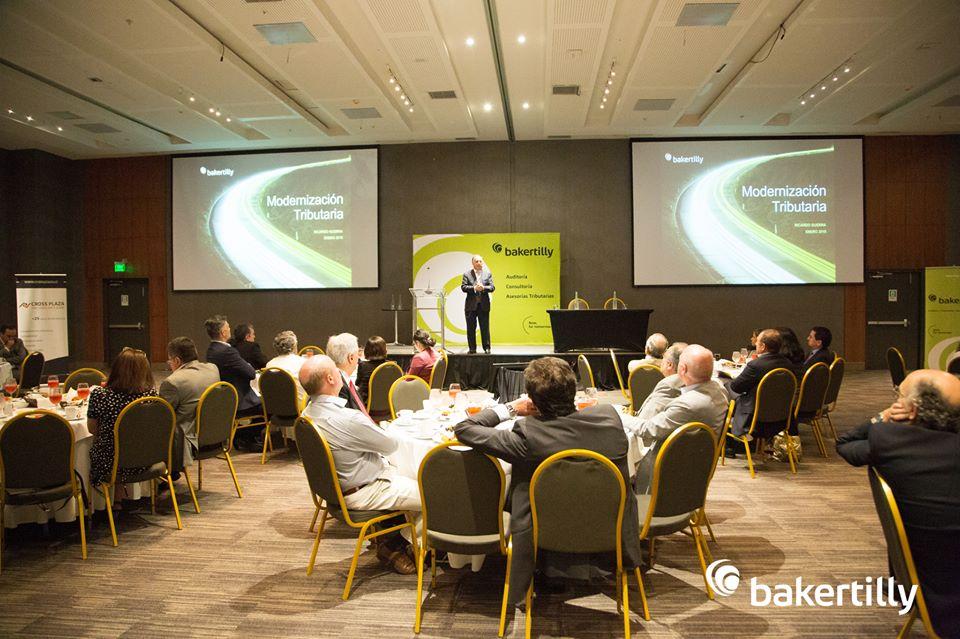 """Conferencia empresarial """"Crecimiento en un escenario de cambios"""""""
